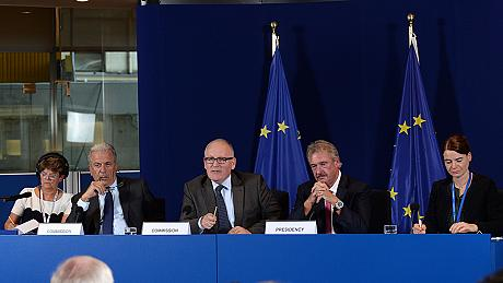 تصویب طرح اسکان مهاجرین به اروپا