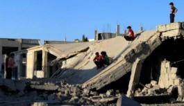 کامیونهای امداد برای ورود به حلب 'لحظه شماری' میکنند