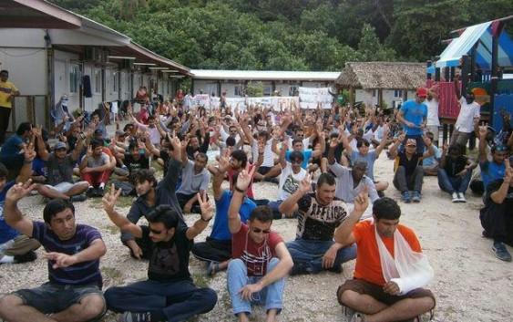 وضعیت نامشخص صدها پناهجو؛ با مهلت استرالیا گینه نو برچیدن اقامتگاه ها را آغاز کرده