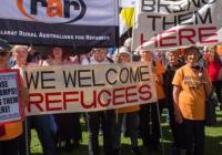 تقاضای مردم برای پذیرش پناهند از دولت