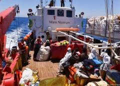 ایتالیا میخواهد دو کشتی نجات حامل پناهجویان را توقیف کند