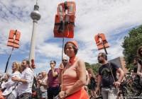 تظاهرات در آلمان برای حمایت از پناهجویان