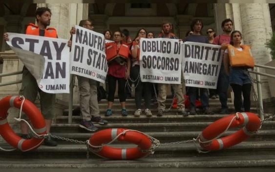تظاهرات برای حمایت از مهاجران در ایتالیا