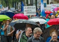 دهها هزار نفر علیه سیاست ضدپناهجویی در مونیخ تظاهرات کردند