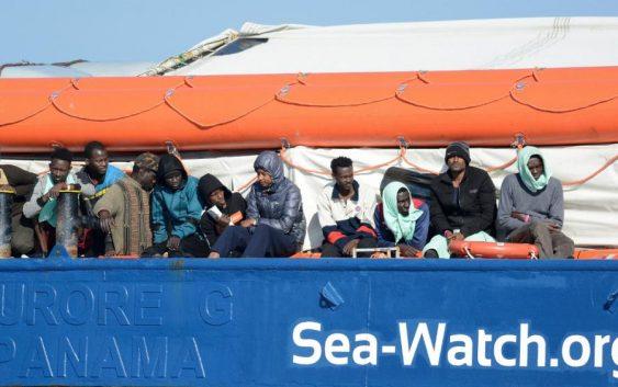 توافق کشورهای اروپایی؛ کشتی پناهجویان در ایتالیا پهلو می گیرد