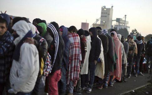 درخواست ۵ سازمان غیردولتی از پارلمان فرانسه: کمیسیون تحقیق درباره مهاجران شکل دهید