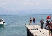 اجساد ۵۸ پناهجو از جمله ۲۴ افغان از دریاچه وان ترکیه بیرون کشیده شد