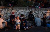 سومین شب بیسرپناهی هزاران پناهجو؛ آمادگی آلمان و فرانسه برای پذیرش کودکان موریا