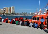 ایتالیا بنادر خود را به روی مهاجران بست