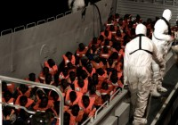 کشتی مهاجران سرگردان افریقای در اسپانیا