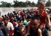 آمریکا برای مقابله با کاروان مهاجران ۵ هزار سرباز به مرز مکزیک میفرستد