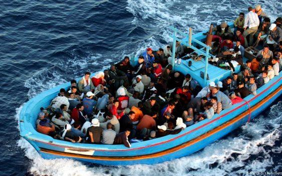 غرق شدن کشتی پناهجویان در مدیترانه؛ دو کشته و چندین مفقود