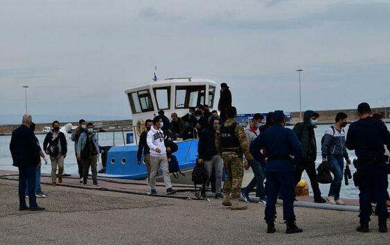 کشف جسد سه مهاجر در سواحل ترکیه؛ آنکارا یونان را مقصر دانست