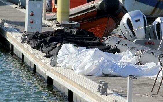 نجات ۱۶۰ پناهجوی سردرگم در دریای مدیترانه توسط گارد ملی تونس؛ ۳۹ نفر اما قربانی شدند.